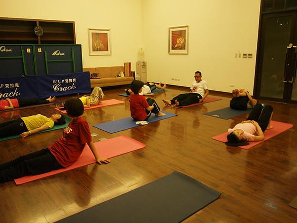 2010瑜珈-Jul15 (118)_調整大小.JPG