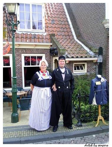 荷蘭 北海漁村 傳統服飾
