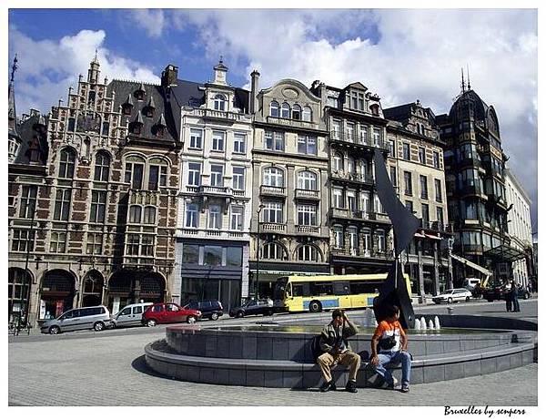 比利時 布魯塞爾 皇家廣場下面的小廣場