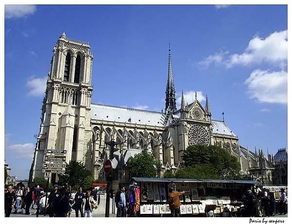 法國 聖母院 側面