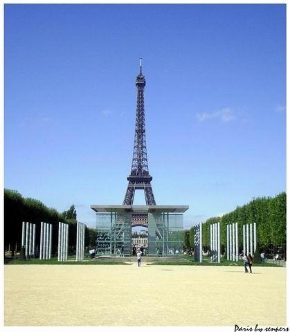 法國 艾菲爾鐵塔 和平公園