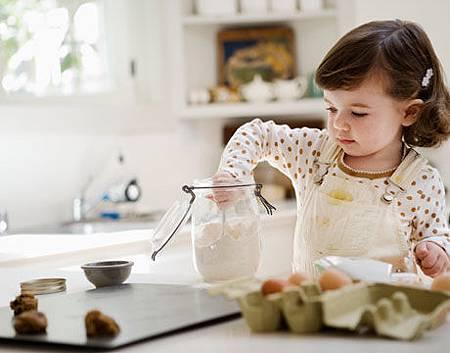 green-kids-bake-lg.jpg