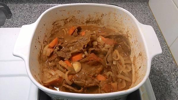 煮好的咖哩