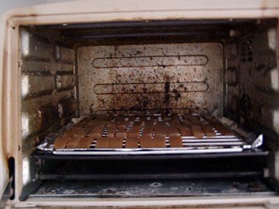 烤箱中的蒟蒻