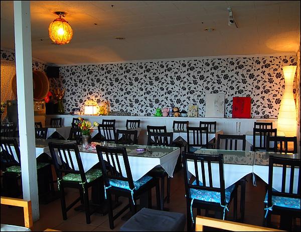 Cafe 巷- (2).JPG