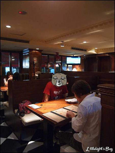 Evans Burger - (13).jpg
