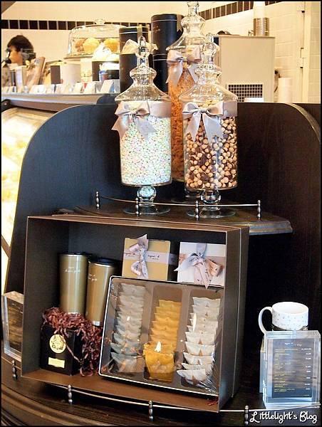 Agnes b Cafe - (3).jpg