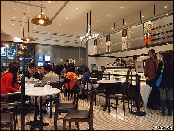 Agnes b Cafe - (15).JPG