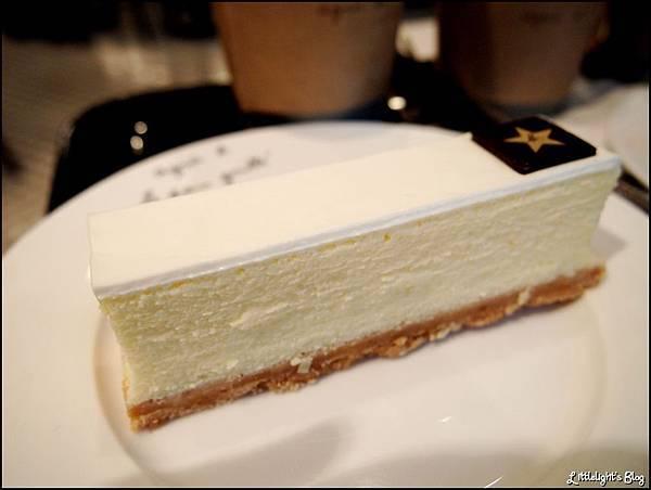 Agnes b Cafe - (17).JPG