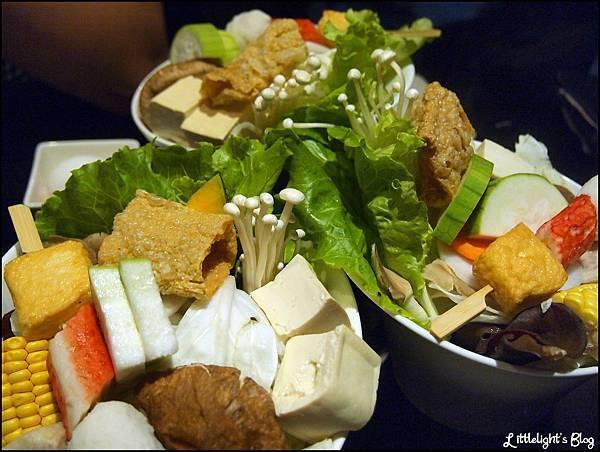 東方米蘭精緻鍋物- (15).JPG