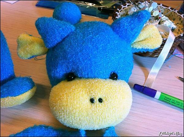 藍色小恐龍- (10).jpg