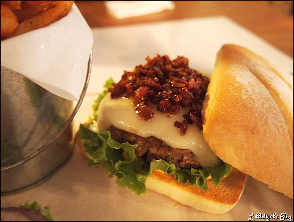 1885 burger- (18).JPG