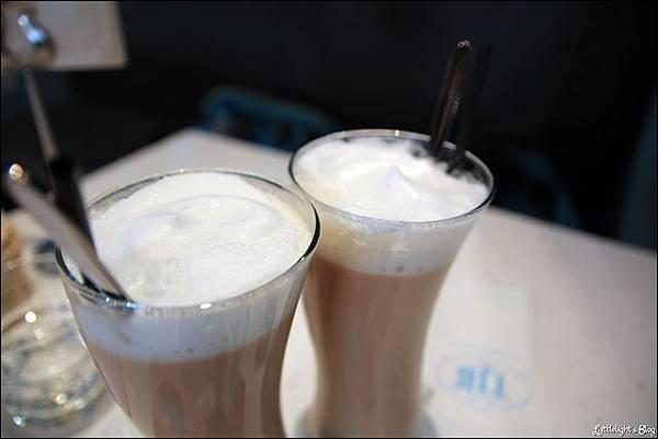 TJB Cafe - (11)