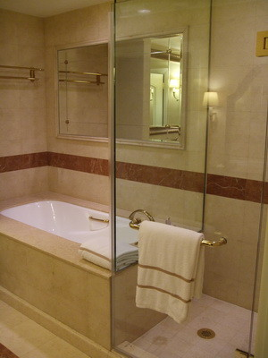 105.浴缸