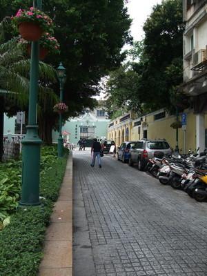 27.聖奧斯定堂旁街景