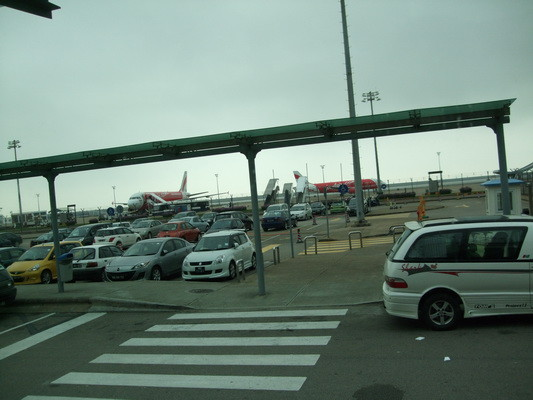 2.澳門機場