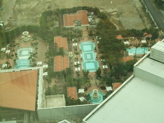 106.酒店泳池