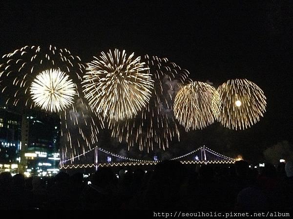 000_廣安里的煙火是年度盛事