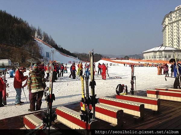 016-1_遠方橘色圍籬的部分就是雪盆場