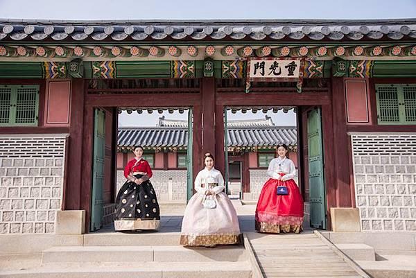 Hanboknam18