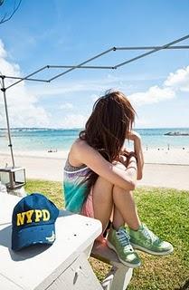 海邊少女.jpg