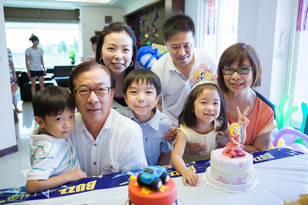 familyA_23.jpg