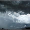 大雨前的天空