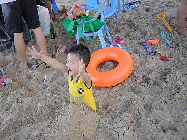 playing sand.jpg