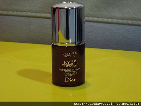 Dior 眼部精粹外觀.JPG