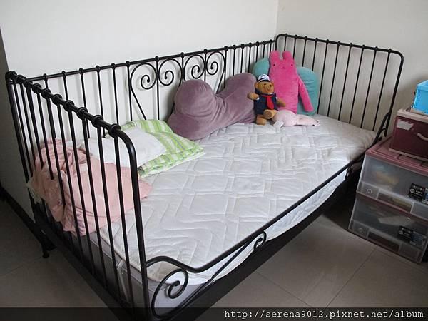 8_IKEA沙發床架