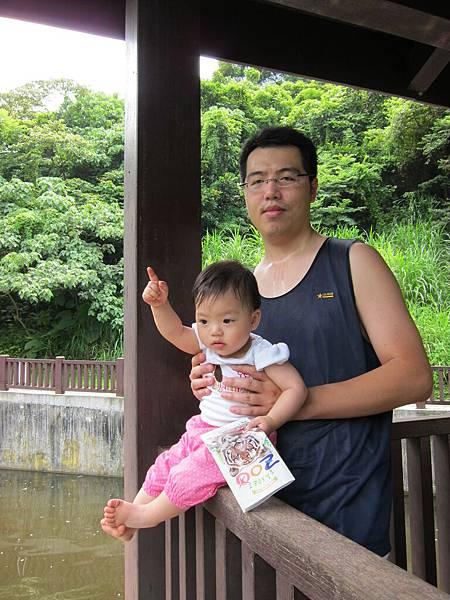 20110619_18_看鴨子游泳.jpg