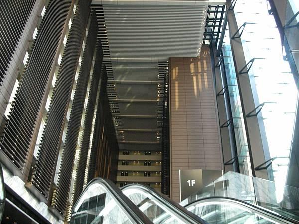 上飯店前電扶梯的風景3