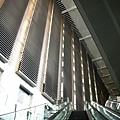 上飯店前電扶梯的風景
