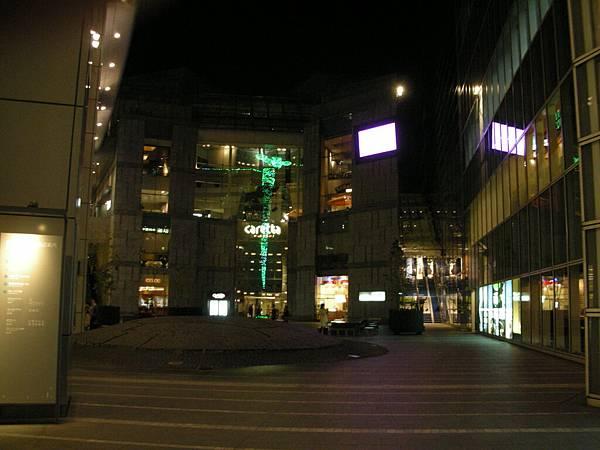 caretta汐留的夜景