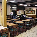 溫娣漢堡裡一線之隔的吸煙&禁煙區……這種隔法有用嗎?