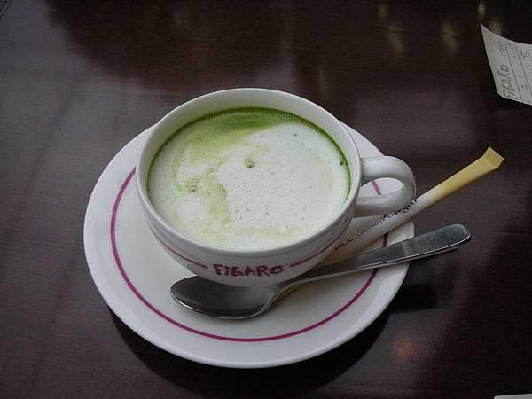 好貴的抹茶歐蕾……很好喝