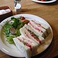 來了!有名的番茄三明治