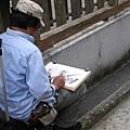 素描畫家,很悠閒哪