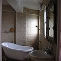 閒情驛站3F和室的浴缸