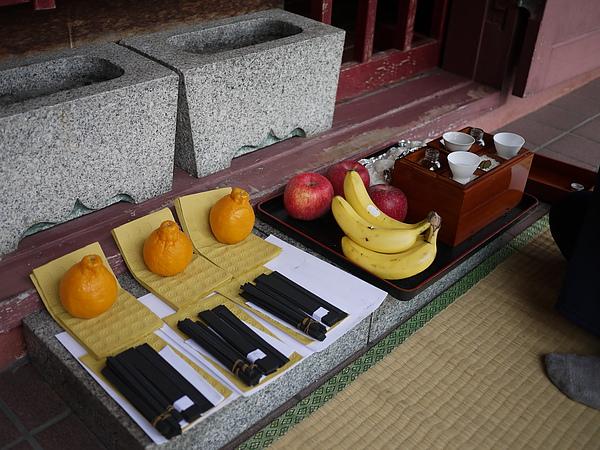 沖繩祭拜的方式和台灣很不同