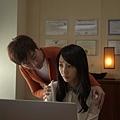 《被偷走的那五年》片中伍思凱飾演白百何的心理醫生,卻對病患有遐想_2.jpg