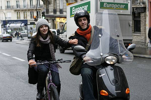 Paris-劇照03_巴黎。穿梭於街弄