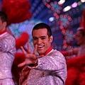 Paris-劇照08_02皮耶散發光熱熱舞於紅磨坊