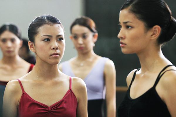 一心一意不放棄芭蕾舞的昴