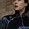 劇照05-康夫人之密友藍師母(珍妮佛堤莉飾)