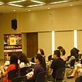 09.06第一場講座-現場觀眾認真聽講