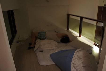 閣樓也可以睡喔~通常加床在這邊