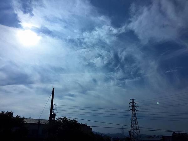 20150613_拍攝到日月同輝的畫面01.jpg