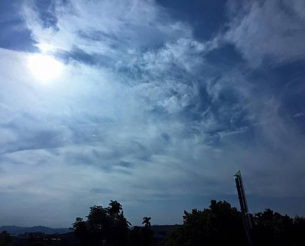 20150613_拍攝到日月同輝的畫面03.jpg