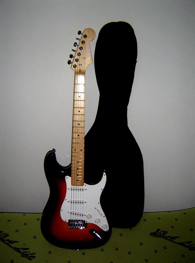 雙色鋼琴烤漆電吉他